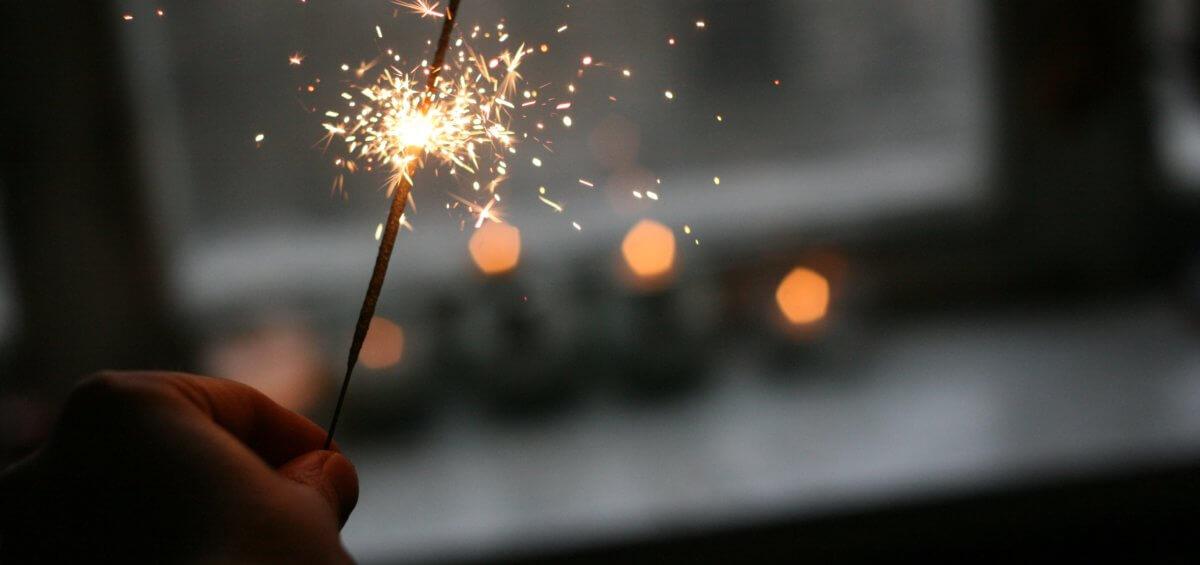 hand help firework